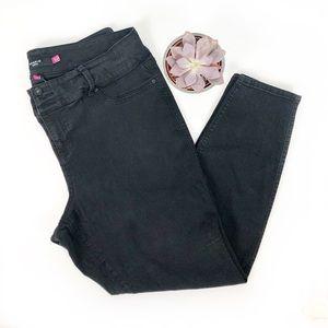 Torrid High Rise Black Denim Skinny Jeans size 22T